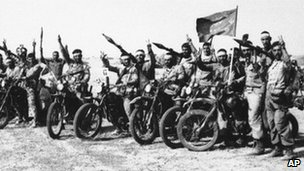 Iranian Revolutionary Guards during the war with Iraq, 1982.