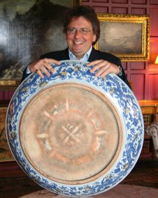 Lars Tharp with Mountstuart dish