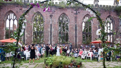 Couple marry in bombed-out church in Liverpool