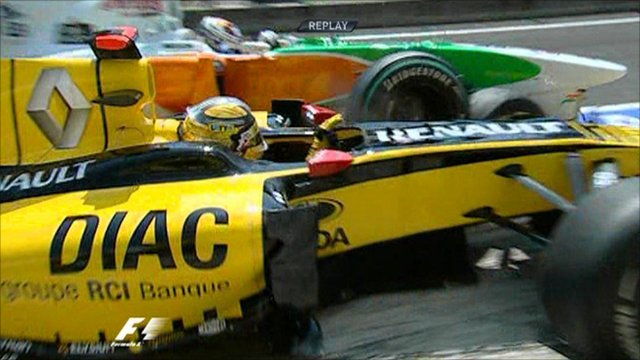 Pit lane chaos at Hungary GP