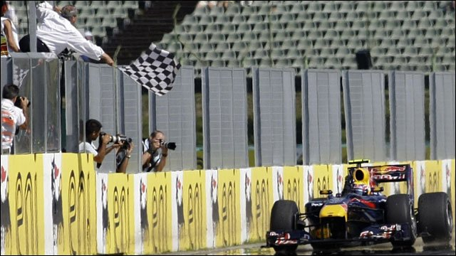 Mark Webber wins the Hungarian Grand Prix