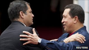 Rafael Correa (left) and Hugo Chavez (right) in a photo from 6 July 2010