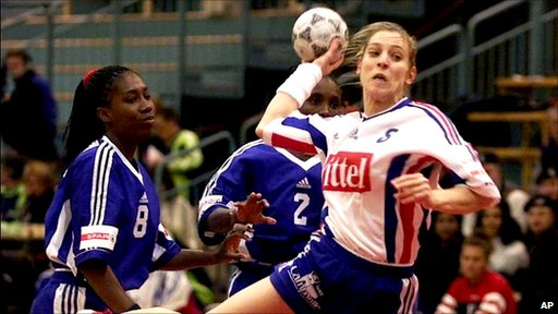 Handball action