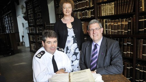 Jon Stoddart, Chief Constable, Durham Constabulary with Dr Sheila Hingley, Head of Collections, Durham University and Professor Chris Higgins, Vice Chancellor, with the Shakespeare 1st Folio. � North News & Pictures ltd