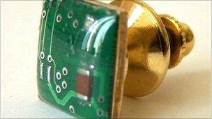 circuit tie pin