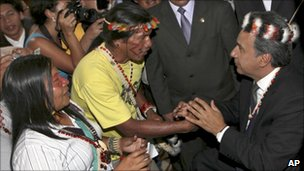 Ecuador&#039;s vice president Lenin Moreno shaking hands with indigenous representatives