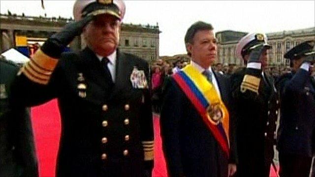 Juan Manuel Santos is sworn in as the new president of Colombia
