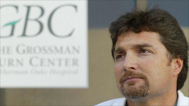 Dr Peter Grossman