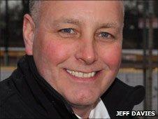 Alun Rossiter (Jeff Davies)