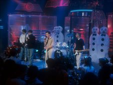 The Beautiful South performing Song for Whoever  on the Christmas edition of TOTP