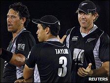 Daryl Tuffey, Ross Taylor and Jacob Oram