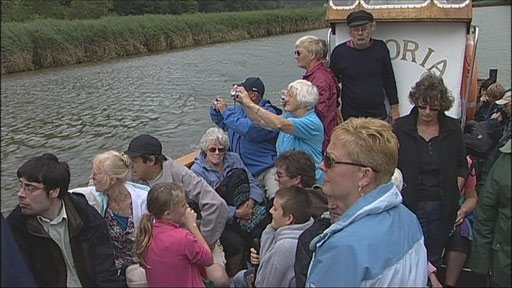 Riverboat grab