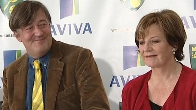 Stephen Fry and Delia Smith