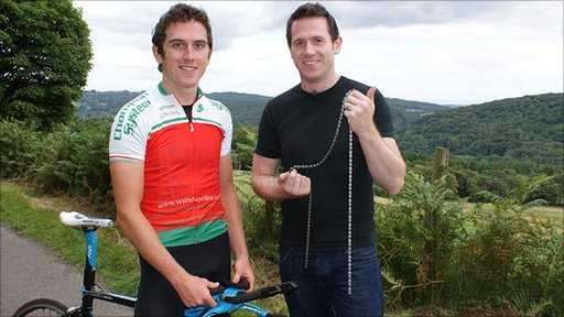 Sport Wales reporter Steffan Garrero (right) breaks his chain as he tries to keep up with Geraint Thomas in a climb up the Garth