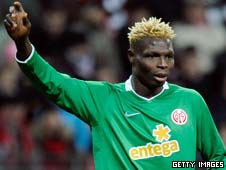 Aristide Bance in action for Mainz