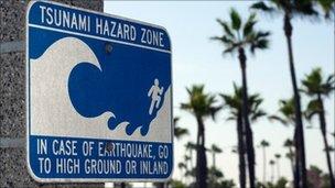 Tsunami warning sign (Image: SPL)