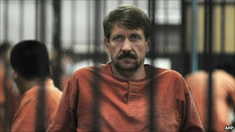 Viktor Bout at the Criminal Court in Bangkok, 20/08