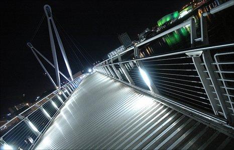 Usk pedestrian bridge, Newport by Oliver Taylor