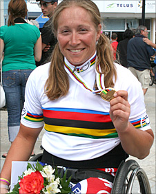 Rachel Morris with her gold medal