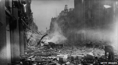 Oxford Street during the Blitz