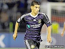 Anderlecht midfielder Mbark Boussoufa