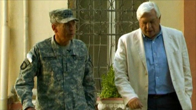 Gen Petraeus and John Simpson