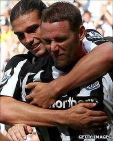 Kevin Nolan (right) is congratuated by striker Andy Carroll