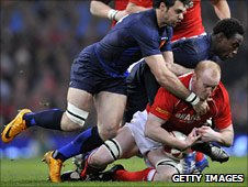 Martyn Williams takes the ball to ground in the 2008 Grand Slam game against France