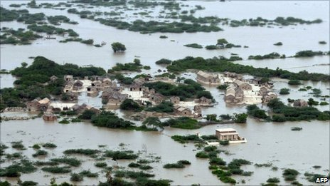 An aerial view shows an area affected by the floods in Kharo Chan village in Pakistan's Sindh province - 25 August 2010