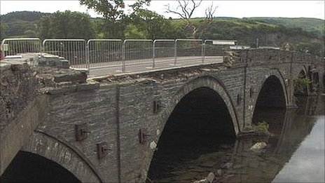 The damage to Dyfi Bridge