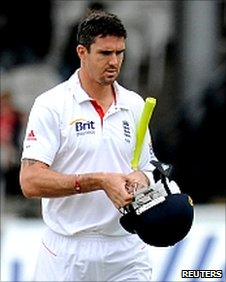 Kevin Pietersen departs first ball at Lord's