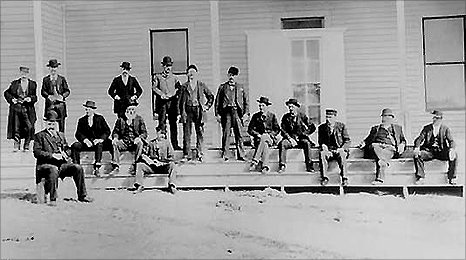 Photo claimed to show Wyatt Earp, Teddy Roosevelt, Butch Cassidy, the Sundance Kid, Judge Roy Bean inter alia in 1883