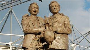 Clough and Taylor statue Pride Park