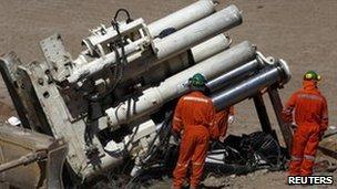 Strata 950 drill