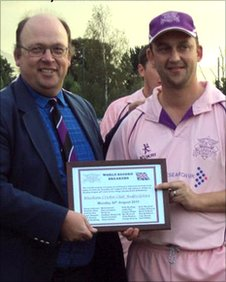 Ian Smith (Chairman Bedfordshire Cricket Assoc) with captain Neil Wildon