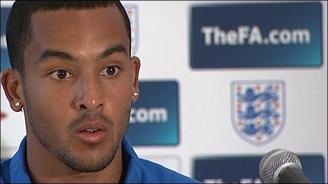 Walcott aims to bounce back for England