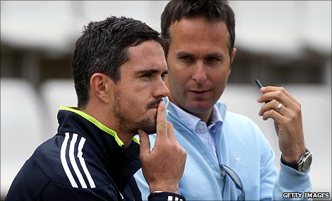 England batsman Kevin Pietersen (left) and former England captain Michael Vaughan