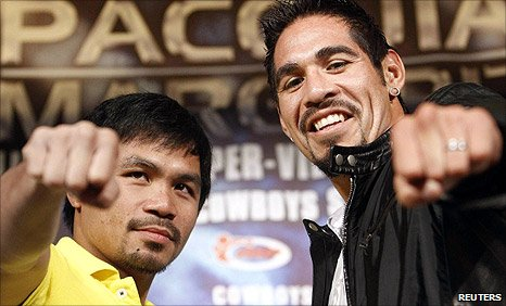 Manny Pacquiao (left) and Antonio Margarito