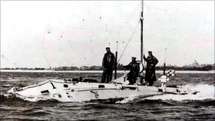 The Holland class of submarines were the first to enter service in the British Navy