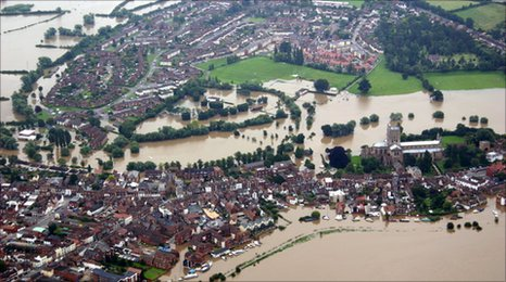 Flooded Tewkesbury - pic from Cotswold Aero Club