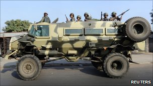 Armoured personnel carriers in Maputo (1 September 2010)