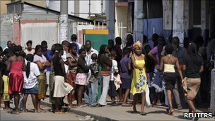 Mozambique bread queue