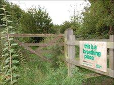 Entrance to Spring Wood nature reserve