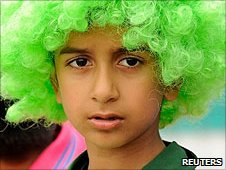 A young Pakistan fan