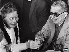 French philosophers Jean-Paul Sartre and Simone de Beauvoir