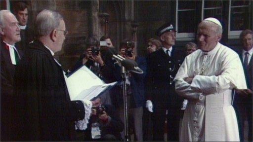 Pope John Paul II meeting Dr John McIntyre