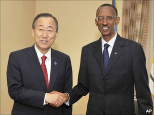 Ban Ki-moon shakes hands with Paul Kagame (8 September 2010)