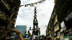 People form a human pyramid in Mumbai