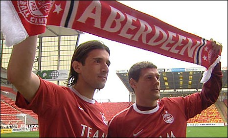 New signings Nikola Vujadinovic and Andrius Velicka are paraded at Pittodrie