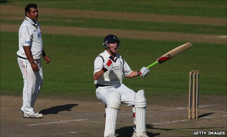 Samit Patel (l) watches Jonny Bairstow celebrate